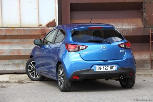 Mazda 2 2015 - essai vivre Auto