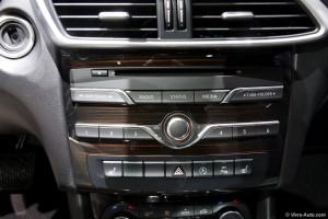 Infiniti Q30 IAA - Vivre-Auto