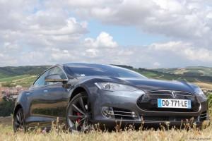 Tesla Model S P85D - Essai Vivre-Auto