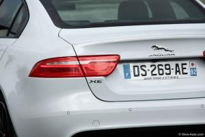 Jaguar XE 2.0T - essai Vivre-Auto
